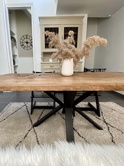 table rectangulaire avec pied V central 2